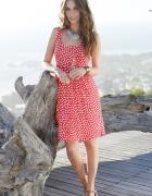 Czerwona retro sukienka w groszki