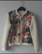 Kremowa bluza kwiaty