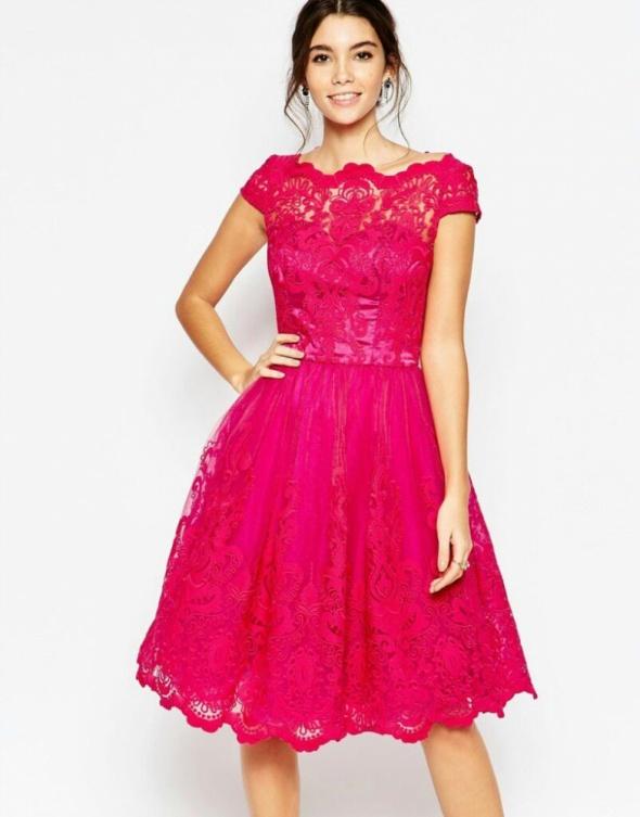 Sukienka koronkowa Chi chi Asos mohito