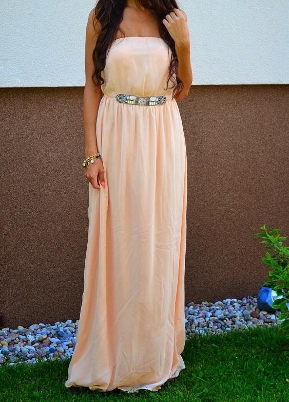 sukienka maxi zara pudrowa