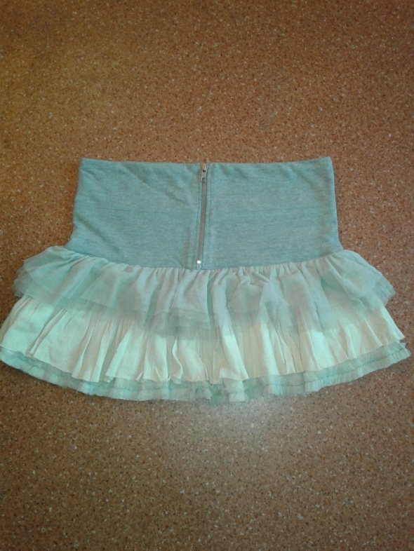Spódnice Asos z falbankami