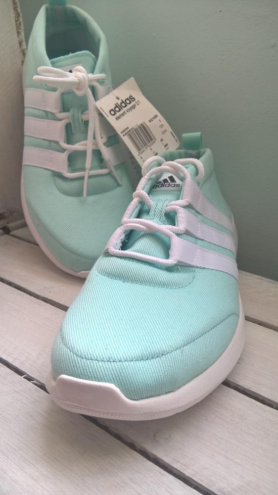 Miętowe buty Adidas w Sportowe Szafa.pl