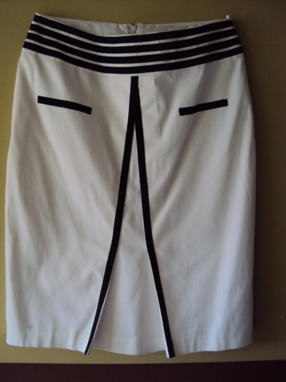 Spódnice Elegancka biała spódnica