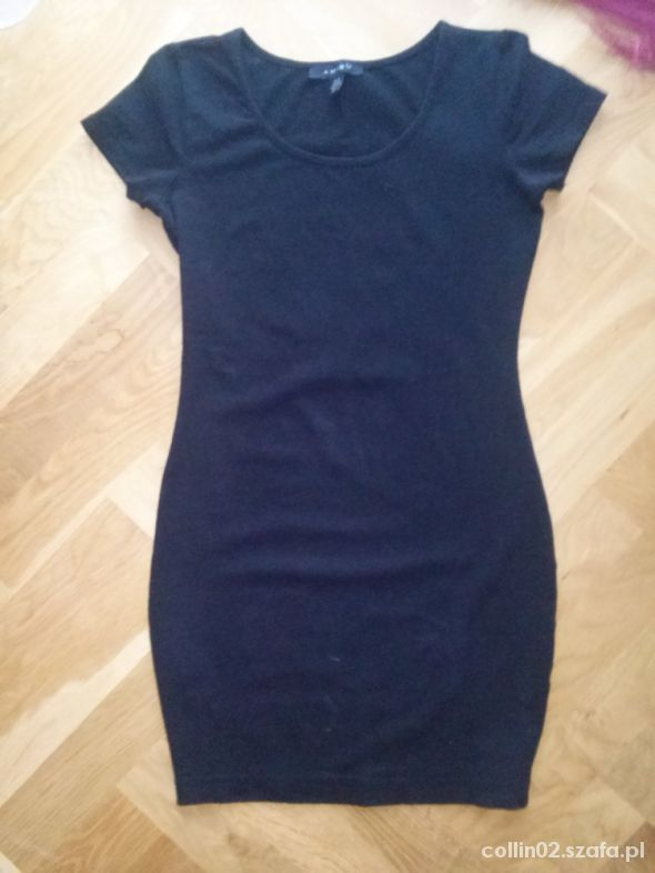 Suknie i sukienki Klasyczna mała czarna AMISU R38