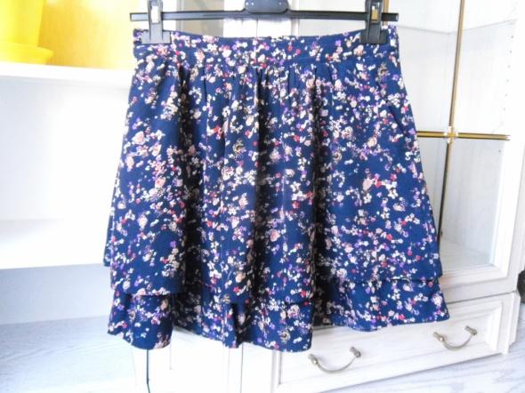 Spódnice spódniczka z kieszeniami S