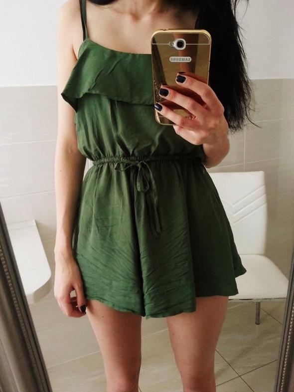 śliczny kombinezon H&M khaki zielony falbana lato