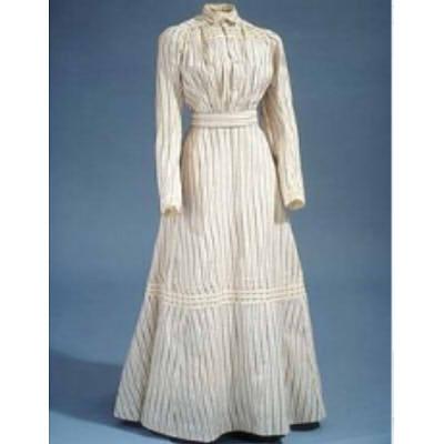 sukienka w stylu lat 00 z długim rękawem...