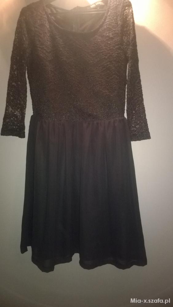 Elegancka czarna sukienka z koronką rozmiar 40...