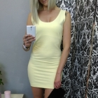 dresowe dopasowane sukienki na szelkach