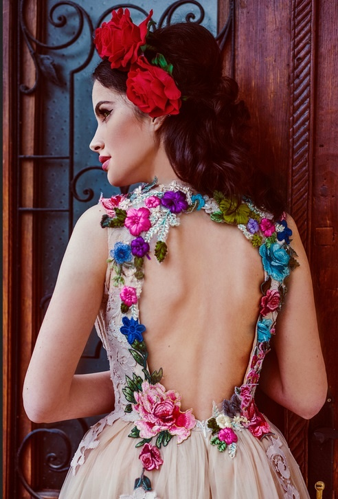 Suknie i sukienki chotronette