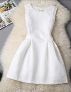 sukienka w stylu retro XS biała