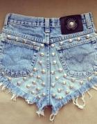 spodenki jeansowe z wysokim stanem