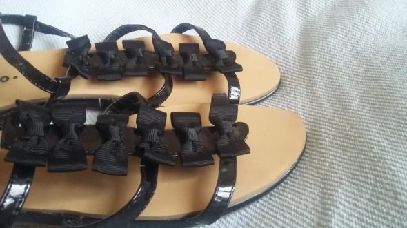 Sandały Sandały z kokardkami 39