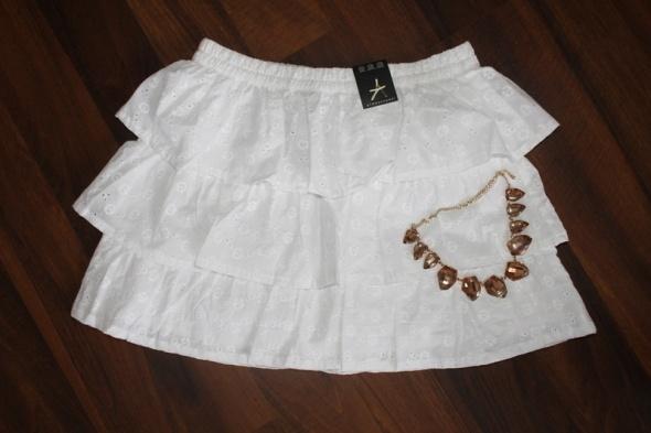 Spódnice Biała rozkloszowana spódniczka koronkowa 36 S