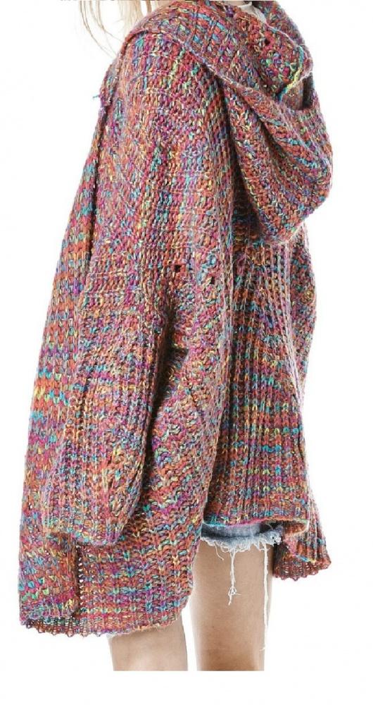 duży sweter z kapturem...