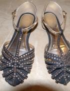 sandalki z dzetami