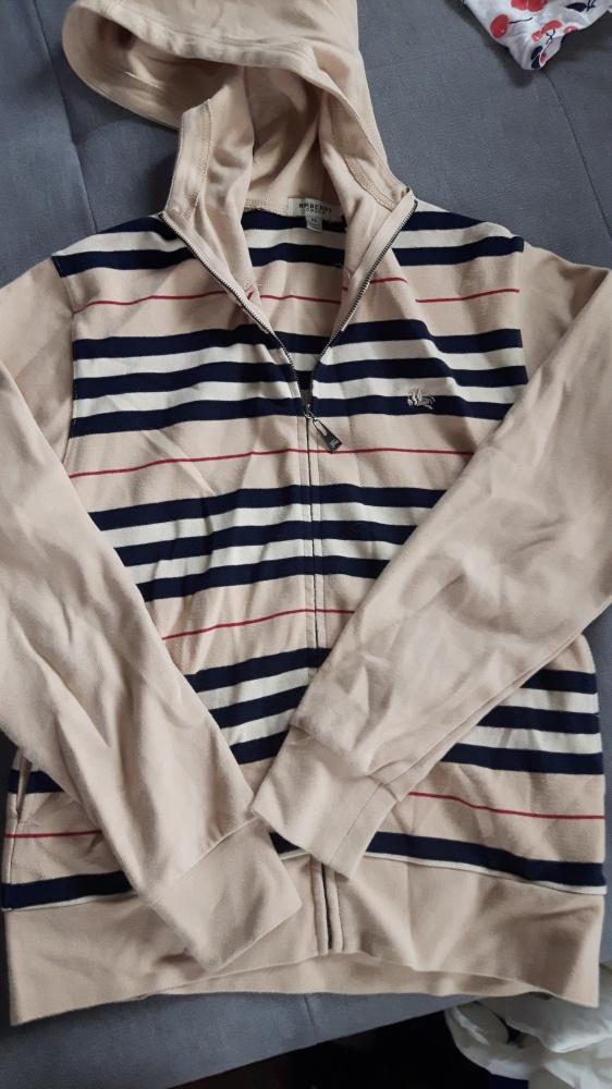 Bluzy Śliczna bluza Burberry
