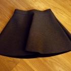 Piankowa rozkloszowana spódniczka