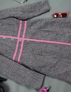 Płaszcz marki Atmosphere z różową lamówką XL...