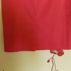 Śliczna malinowa ołówkowa spódnica Bardzo modna