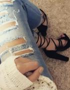 Sandałki na słupku...