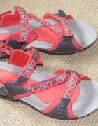 Sportowe sandały rozmiar 40