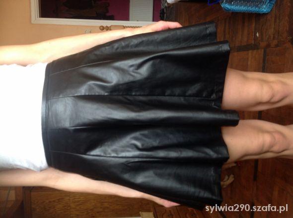 Spódnice Super modna spódniczka rozkloszowana