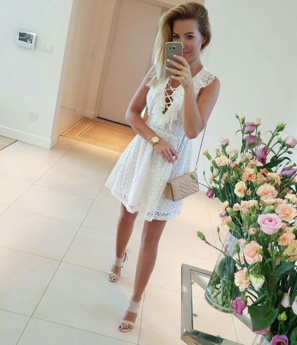 Mój styl Biała sukienka