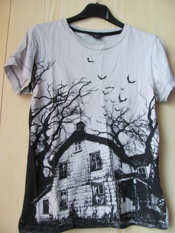 Mroczna koszulka