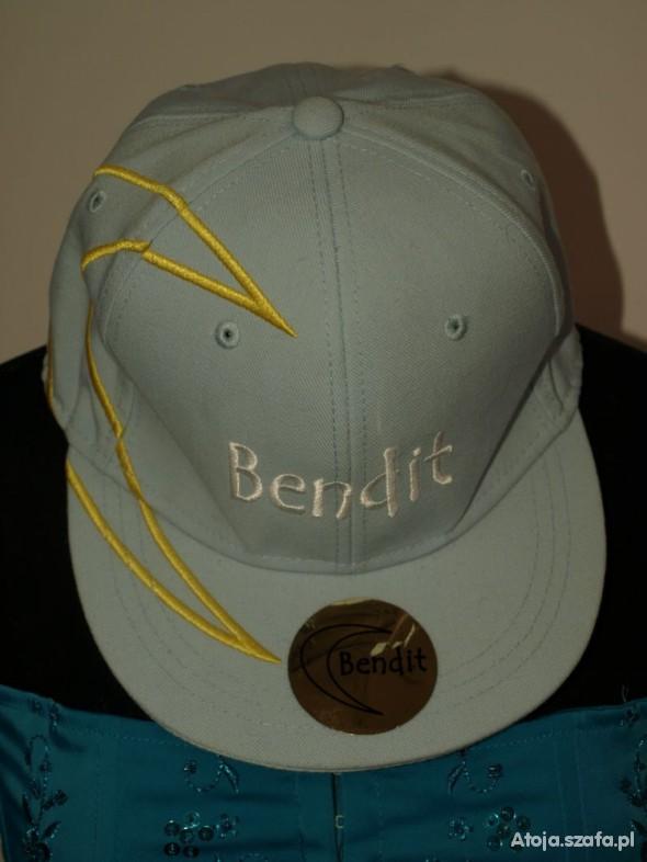 full cap Bendit