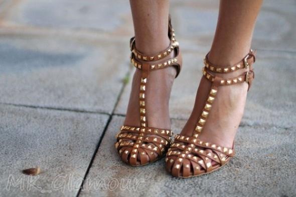 Cemel sandały na obcasie z ćwiekami ZARA 36 37...