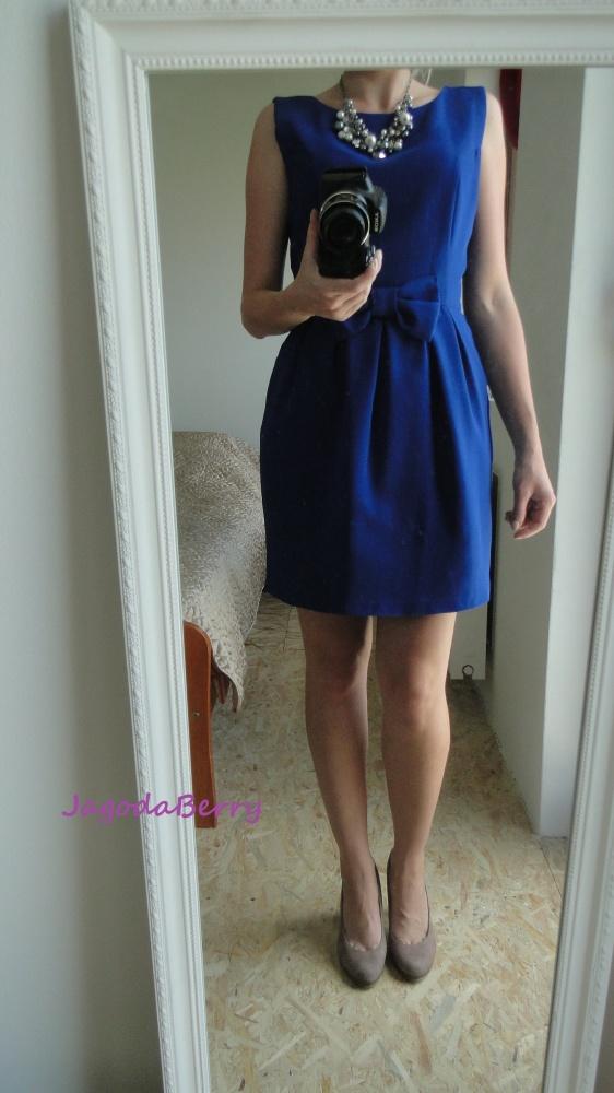 Na specjalne okazje Kobaltowa sukienka