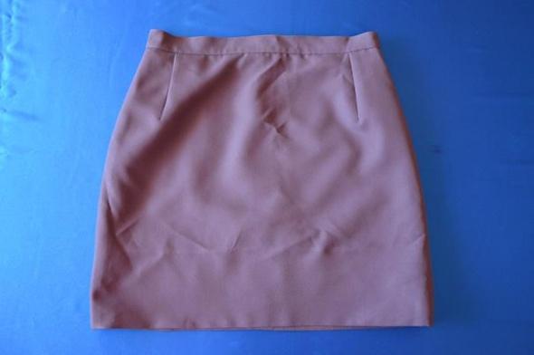 Spódnice sliwkowa spódnica ołówkowa