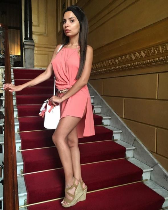 suknia koktajlowa