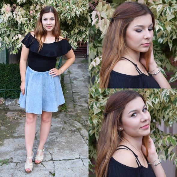 Imprezowe Blue flared skirt