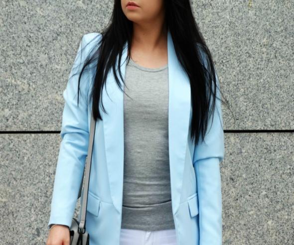 Mój styl Błękitna marynarka baby blue