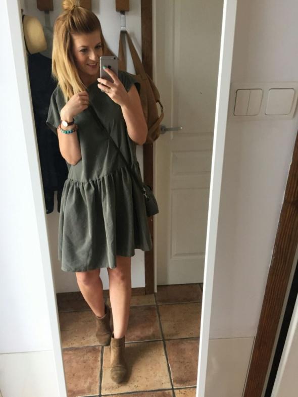 Codzienne sukienka plecy oversize