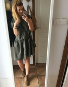 sukienka plecy oversize
