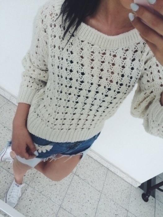 ażurowy sweterek...