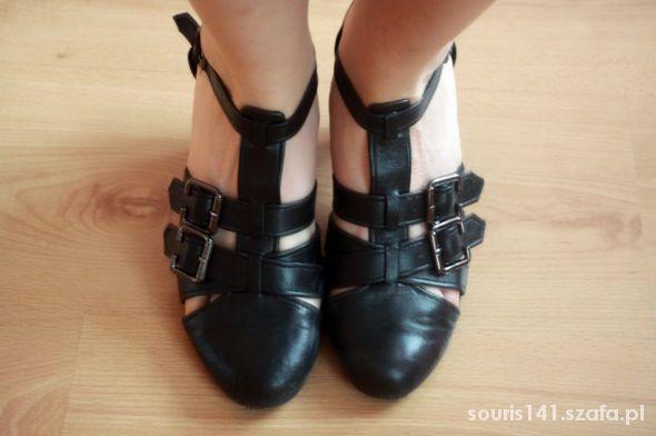 Sandały Buty CCC