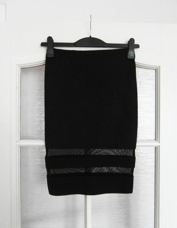 Spódnice Neoprenowa spódnica z siateczką