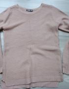 Pudrowy róż sweterek rozmiar S