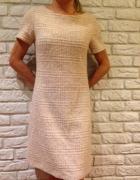 Wełna pastelowa sukienka