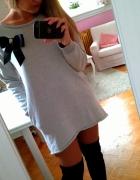 Dresowa sukienka kokarda