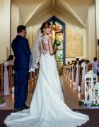 Suknia Ślubna Lilian West 6370 rozmiar 3638