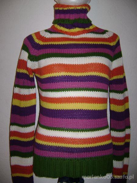 Ciepły Swetr w Paski...