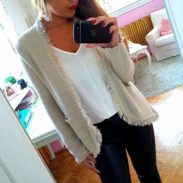 Mój styl złoty sweter