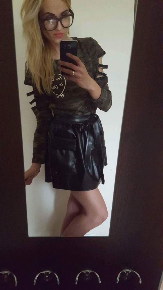 Spódnice Nowa skajowa black kieszenie