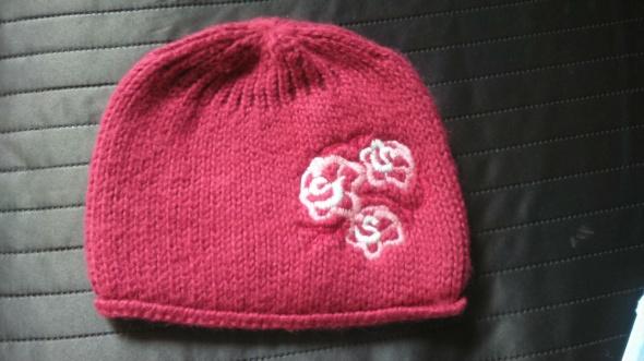 śliczna czapka dla dziewczynki