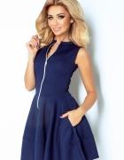 Sukienka z ekspresem z przodu i kieszonkami gran